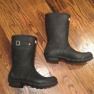 Hunter shorty rain boots 40/41 9 GUC black cute